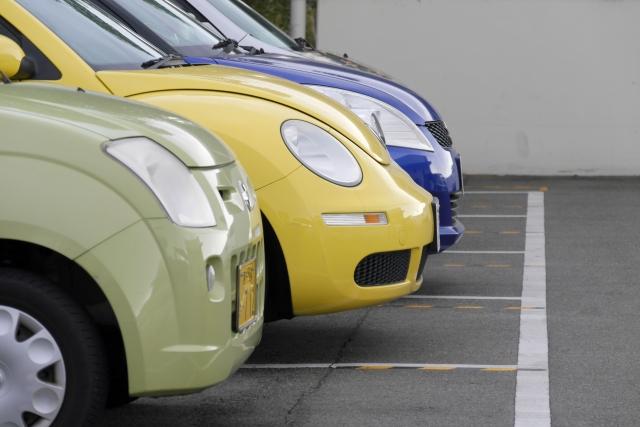 中古車売却時の豆知識!車体ごと売却するのとパーツを別売りするのはどちらがお得?